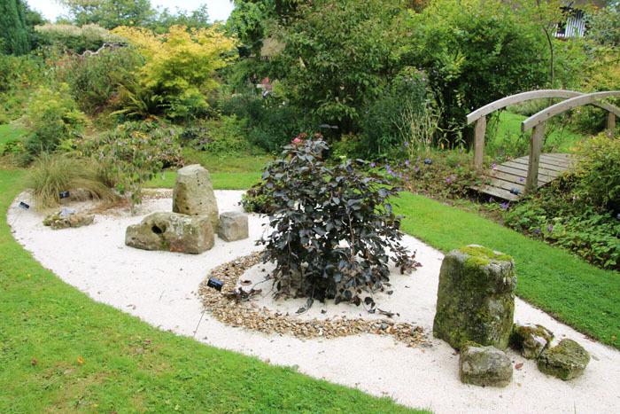 VEAUVILLE-LES-QUELLES - - pour visualiser le jardin minéral cliquez ici